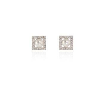 Cachet Swarovski Crystal  Thisbe Pierced Earrings Rhodium pearl